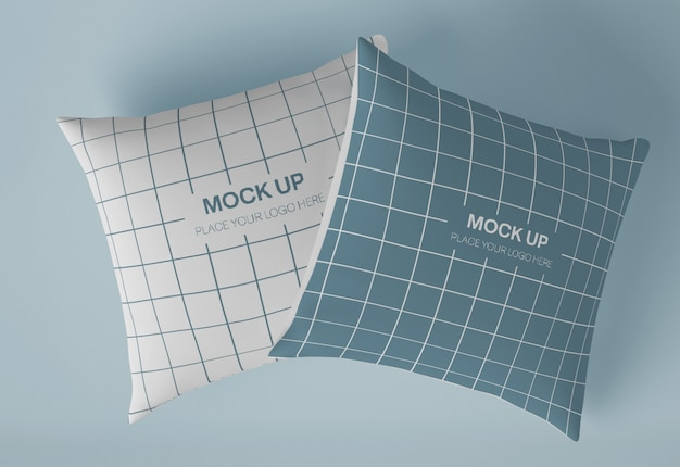 Mockup di due cuscini quadrati Psd Premium