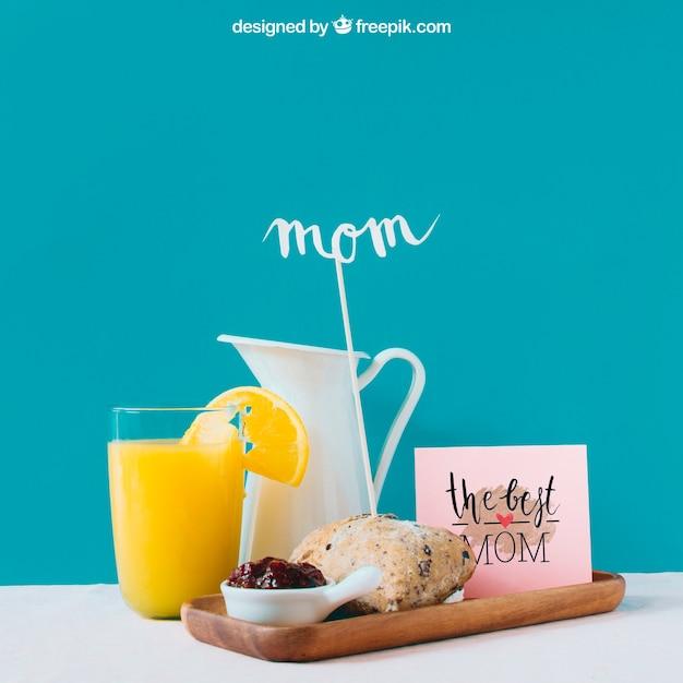Mockup di giorno di madri con colazione Psd Gratuite