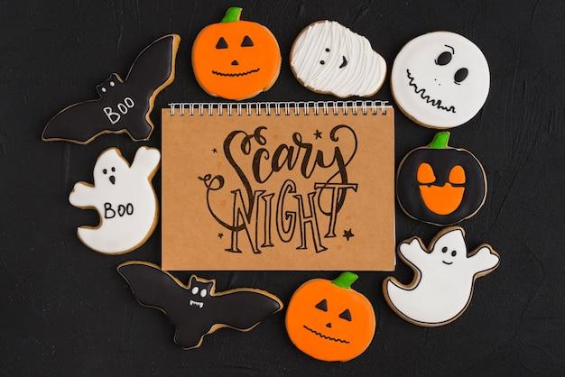 Mockup di halloween con copertina del quaderno a spirale Psd Gratuite