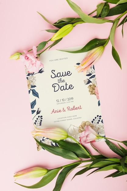 Mockup di invito a nozze floreali Psd Gratuite