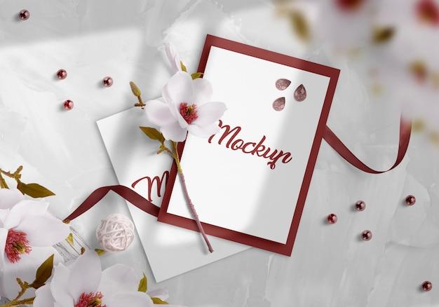 Mockup di invito di nozze Psd Premium