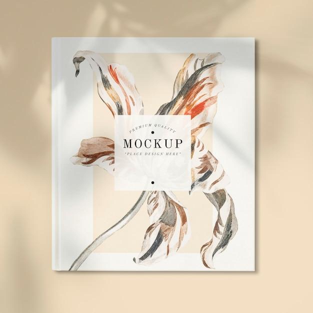 Mockup di rivista floreale con spazio vuoto Psd Gratuite