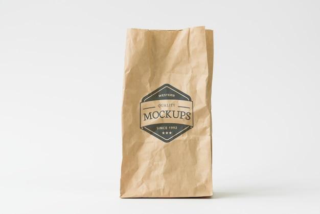 Mockup di sacchetto di carta Psd Premium