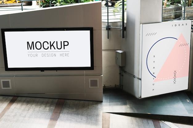 Mockup di schermo tv sulla passerella Psd Gratuite