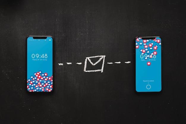 Mockup di smartphone con il concetto di internet Psd Gratuite