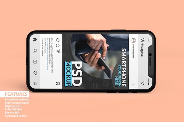 Mockup di smartphone realistico personalizzabile per visualizzare il modello di post multimediale multimediale Psd Premium