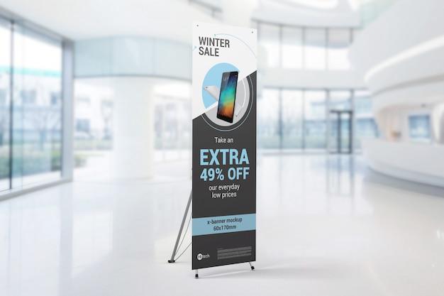 Mockup di x-banner interno Psd Premium