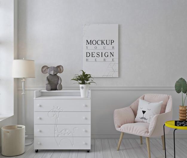 Mockup fotolijst in witte kinderkamer met roze stoel Premium Psd