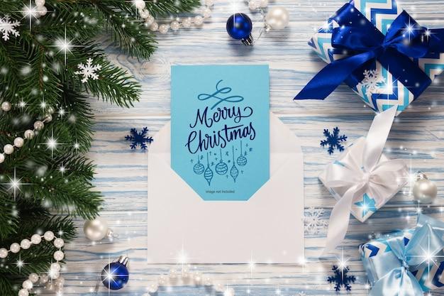 Mockup kerst wenskaart mockup en geschenken Premium Psd