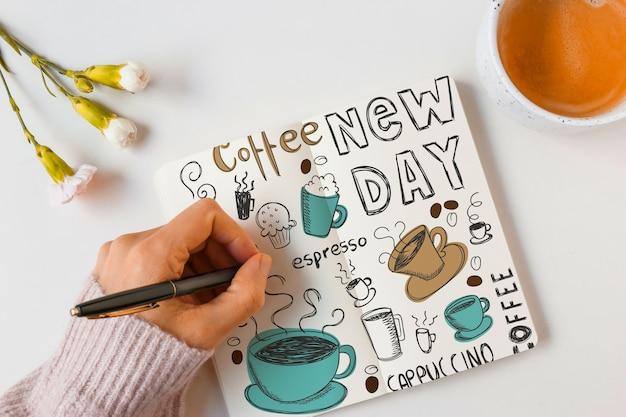 Mockup de libreta con concepto de café PSD gratuito