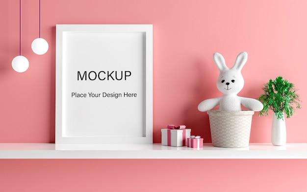 Mockup posterframe met schattig konijn voor een meisje babydouche 3d-rendering Premium Psd