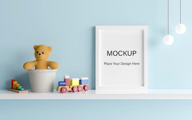 Mockup posterframe met schattige teddybeer voor een jongensbaby shower 3d-rendering Premium Psd
