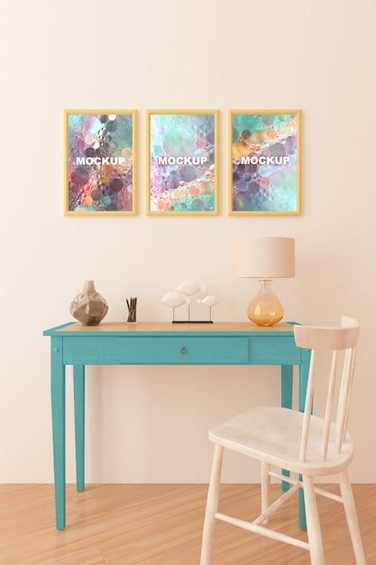 Mockup van frames boven kleine tafel Gratis Psd