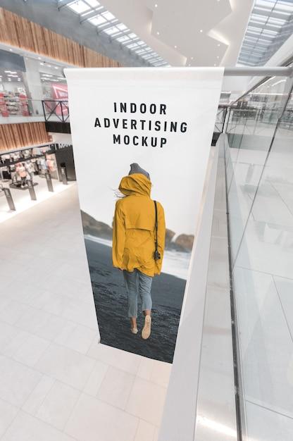 Mockup van indoor reclame in winkelcentrum winkelcentrum Premium Psd