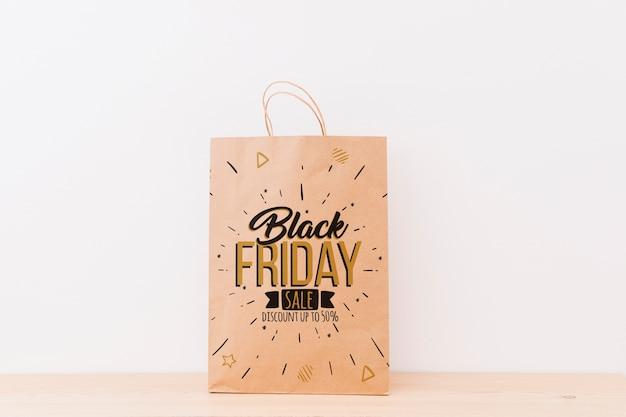 Mockup de varias bolsas de compras para black friday PSD gratuito
