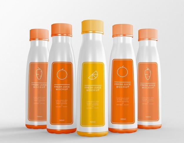 Mockup voor verpakking van vijf sapflessen Premium Psd