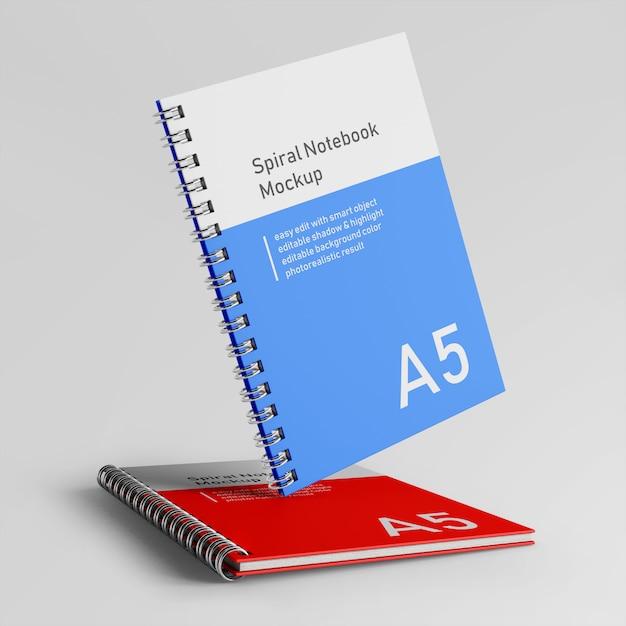 Modello di progettazione di mock up del taccuino del libretto a spirale del libretto a due della copertura del premio premio due in front view Psd Premium