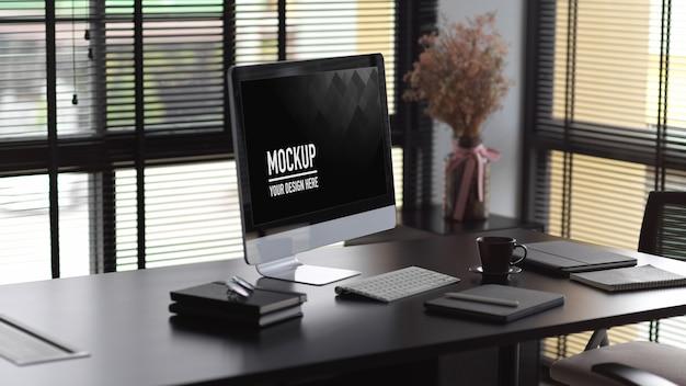 Modern kantoorinterieur met computermodel Premium Psd