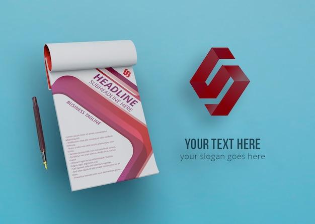 Modern ontwerpsjabloon voor mock-up Gratis Psd