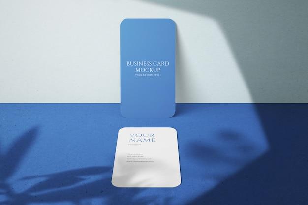 Moderne minimalistische verticale mockups voor visitekaartjes van bedrijven Premium Psd
