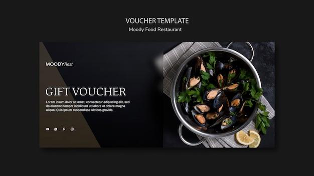 Moody eten restaurant voucher sjabloon Gratis Psd