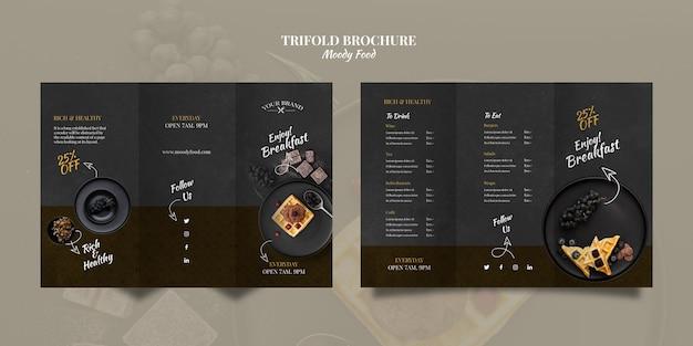Moody food restaurant driebladige brochure concept mock-up Gratis Psd