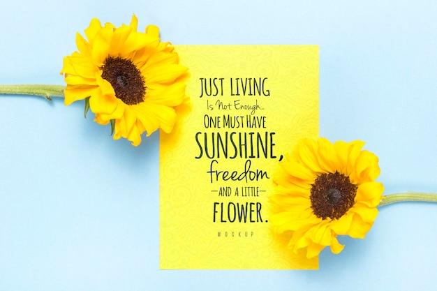 Motiverende boodschap met gele bloemen Gratis Psd