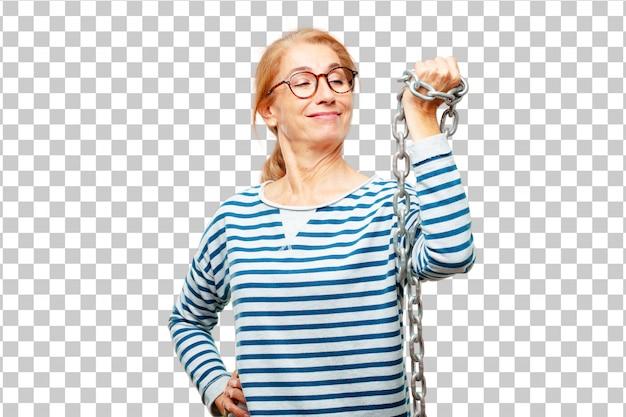 Mujer hermosa mayor con una cadena. concepto de libertad PSD Premium