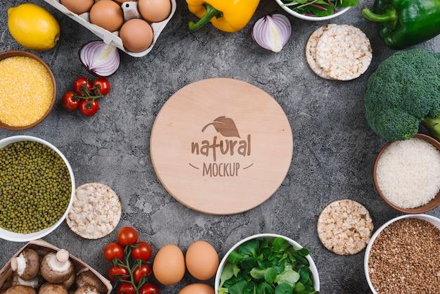 Natuurlijke groenten veganistisch eten mock-up Gratis Psd