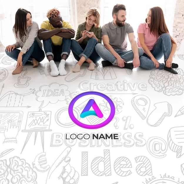 Nombre del logotipo de empresa con gente sentada PSD gratuito