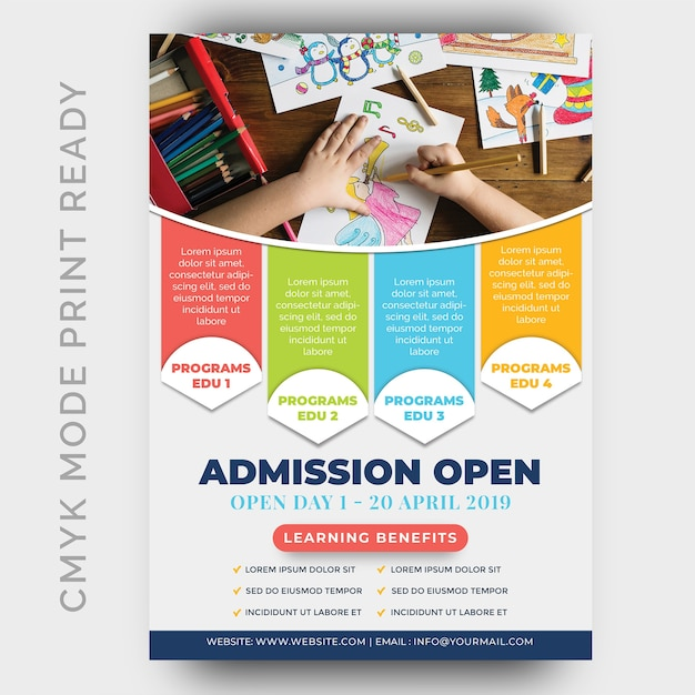 Onderwijs, terug naar sjoel flyer ontwerpsjabloon Premium Psd