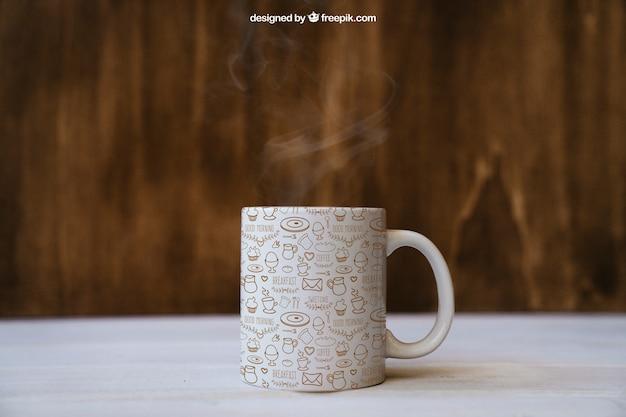Ontbijt mockup met koffiemok Gratis Psd