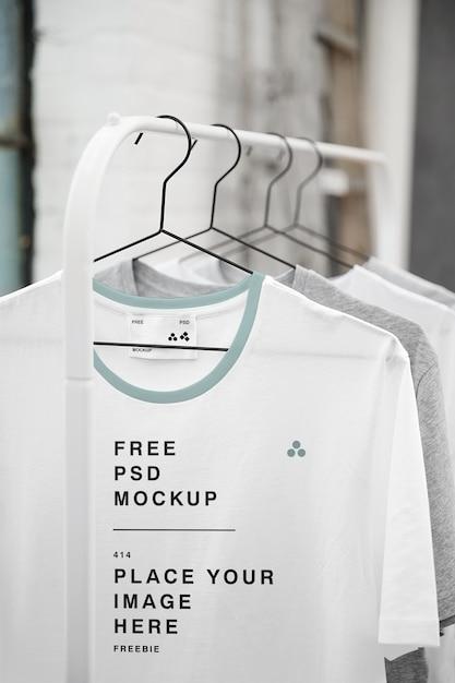 Opknoping t-shirt mockup Premium Psd