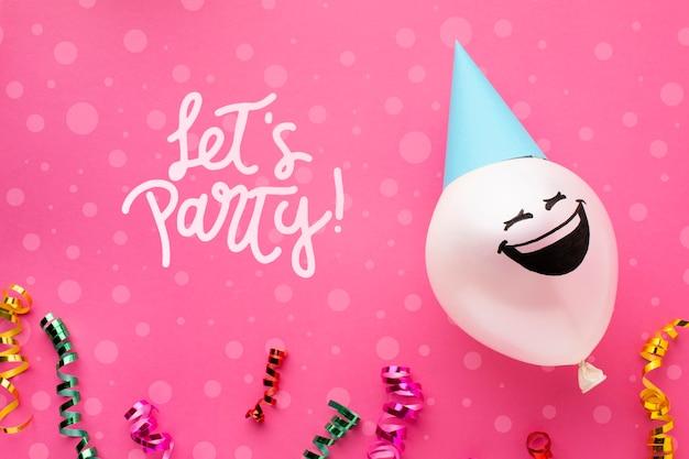 Palloncini di compleanno con scritte bianche Psd Gratuite