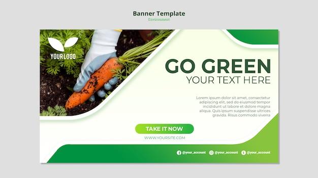 Plantilla de banner de zanahorias orgánicas en tierra PSD gratuito