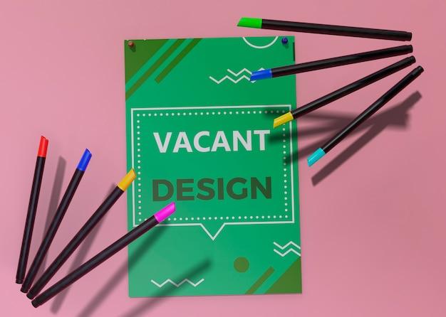 Plantilla de identidad corporativa de negocios para flyer y lápices PSD gratuito