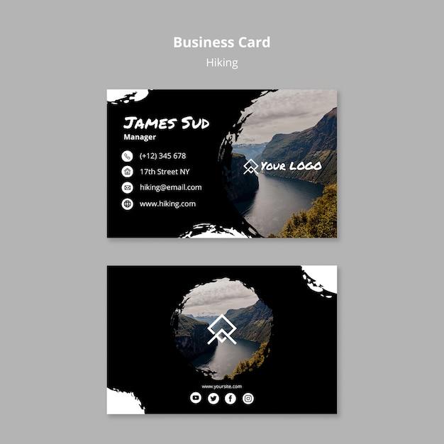 Plantilla de tarjeta de visita con concepto de senderismo PSD gratuito
