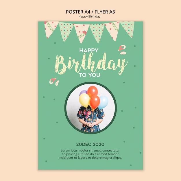 Plantilla de volante de fiesta de cumpleaños con foto PSD gratuito