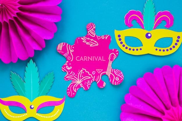 Recorte de carnaval brasileño con máscaras PSD gratuito