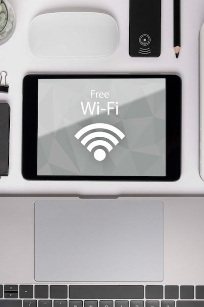 Red en línea con conexión wifi 5g PSD gratuito