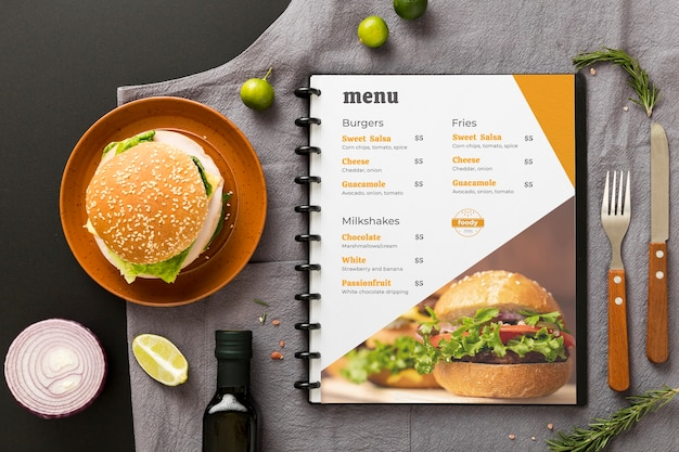 Restaurant menu concept mock-up Gratis Psd