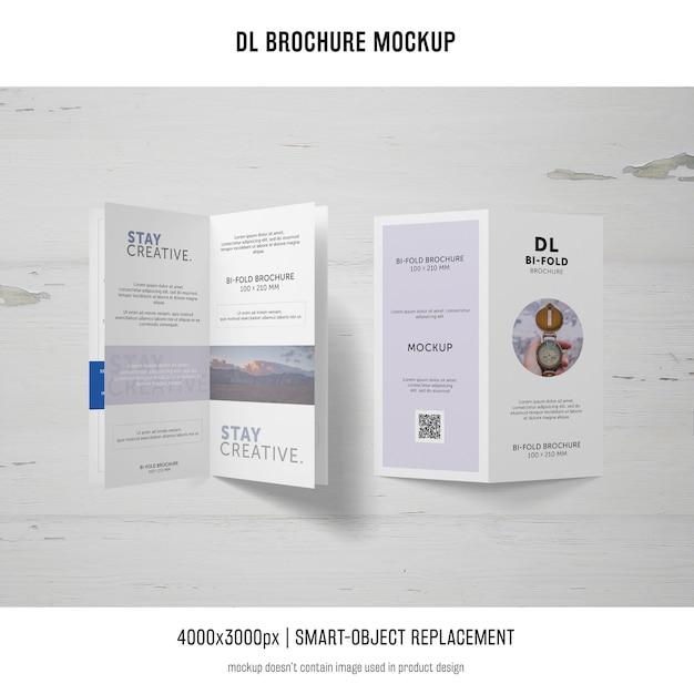 Retrato dl folleto maqueta PSD gratuito