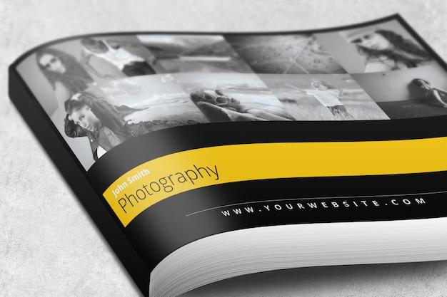 Revista de paisaje o maqueta de folleto PSD Premium