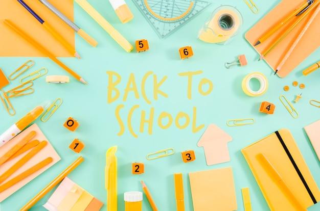 Rilassati a scuola con forniture gialle Psd Gratuite