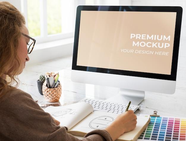 Schermo del computer vuoto Psd Premium