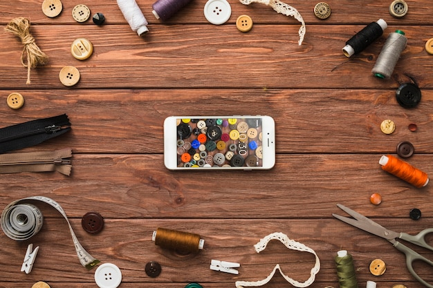 Smartphone mockup met naai-concept Gratis Psd