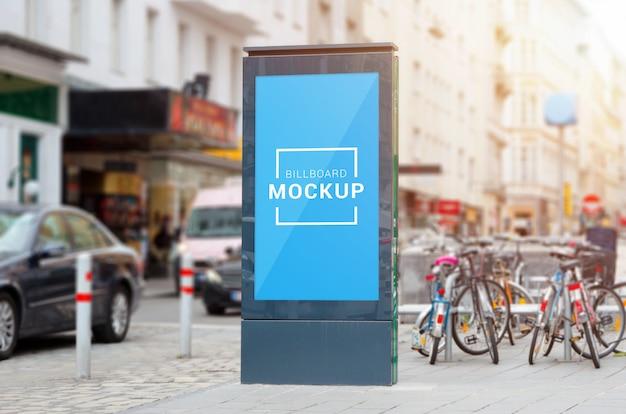 Stadslicht, video led billboard mockup op straat. Premium Psd