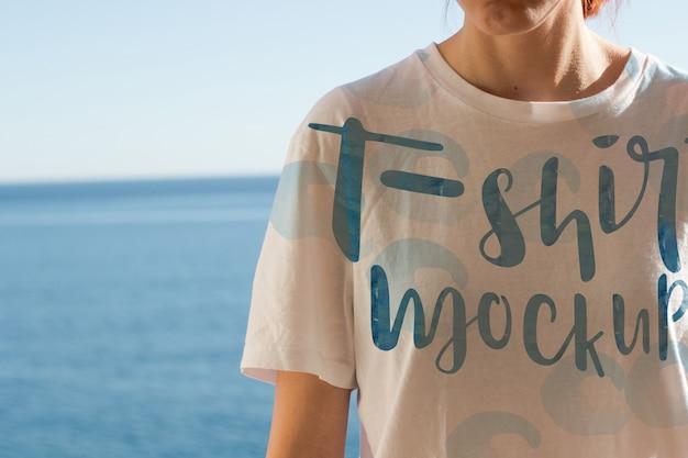 T-shirt mockup ontwerp Gratis Psd