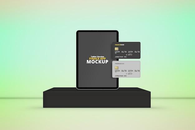 Tablet op het podium met plastic kaartenmodel Premium Psd
