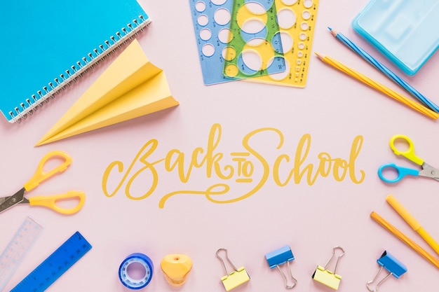 Terug naar school items arrangement Gratis Psd